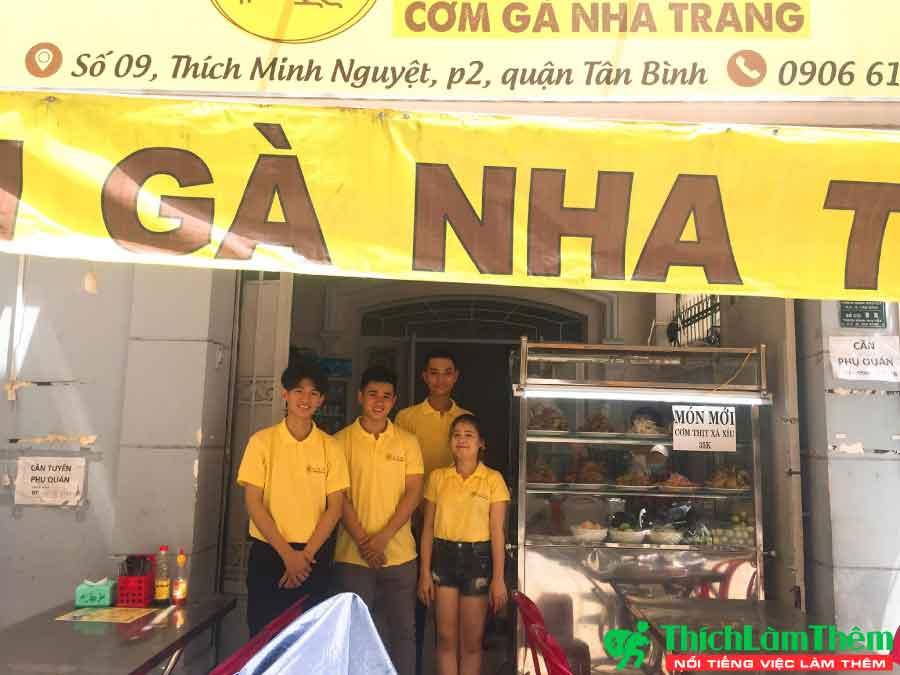 Tuyển nhân viên phục vụ, phụ bếp – Quán Cơm Gà Nha Trang 2 Chị Em